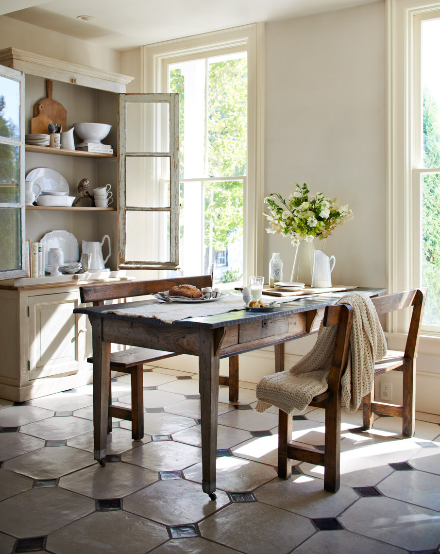 alec-hemer-photography-Anderson-kitchen-table