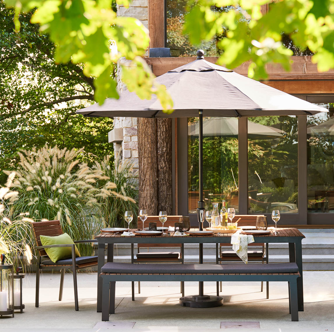 alec-hemer-photography-CB-outdoor-dining